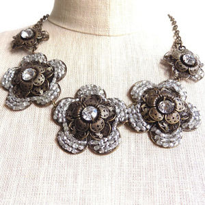 Filligree Snow Bib Necklace Anthropologie
